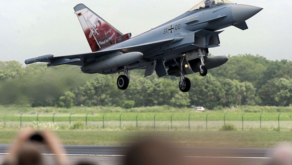 """""""Eurofighter"""" (Archivbild): Airbus verlangt Ausgleichszahlung"""