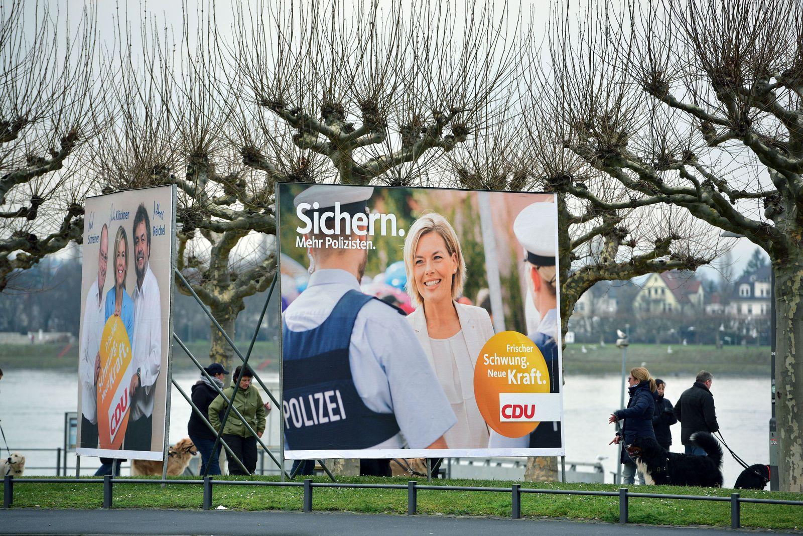 Wahlplakat / Julia Klöckner /