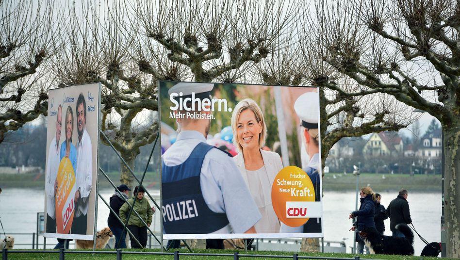 """CDU-Wahlplakat in Mainz: """"Herz und Härte"""""""
