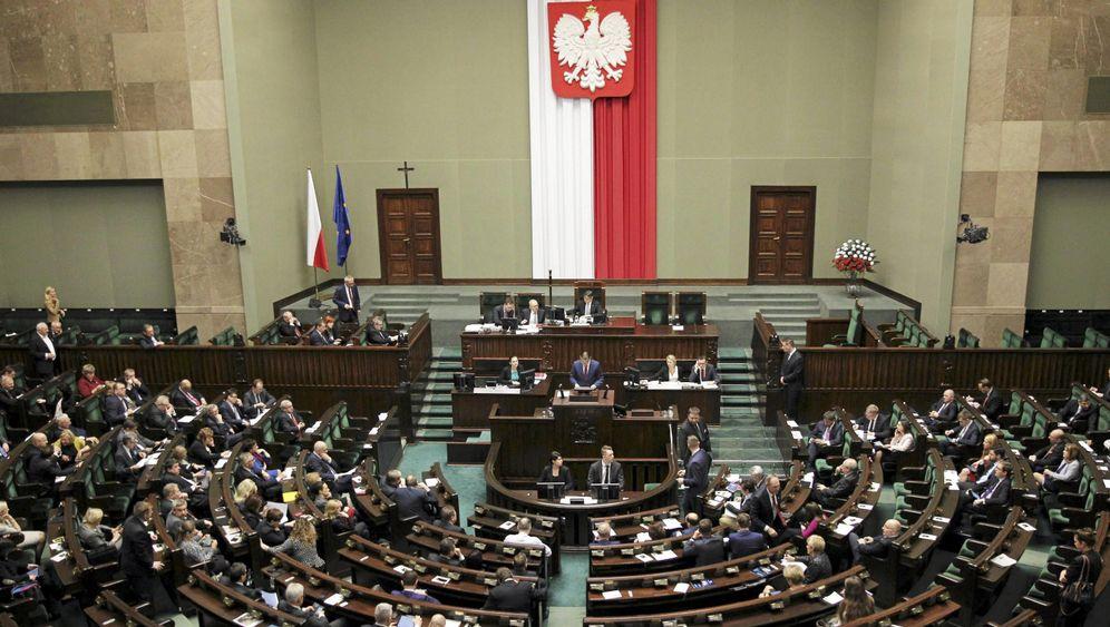 """Polen: """"Ein schleichender Staatsstreich"""""""
