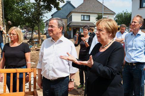 Angela Merkel und Armin Laschet in Bad Münstereifel