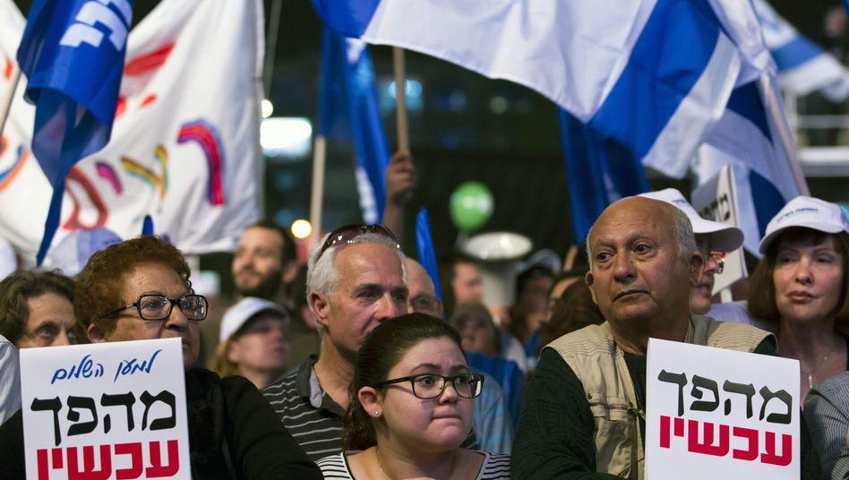 Demonstration gegen Benjamin Netanyahu in Tel Aviv: Verheerende Bilanz
