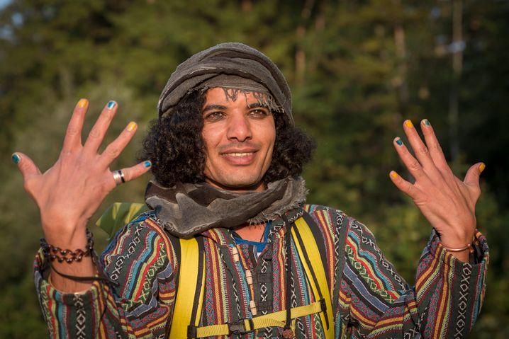 Hafez, 32, hat geschafft, wovon viele Geflüchtete träumen: Er hat einen Studienplatz für Bildende Kunst ergattert