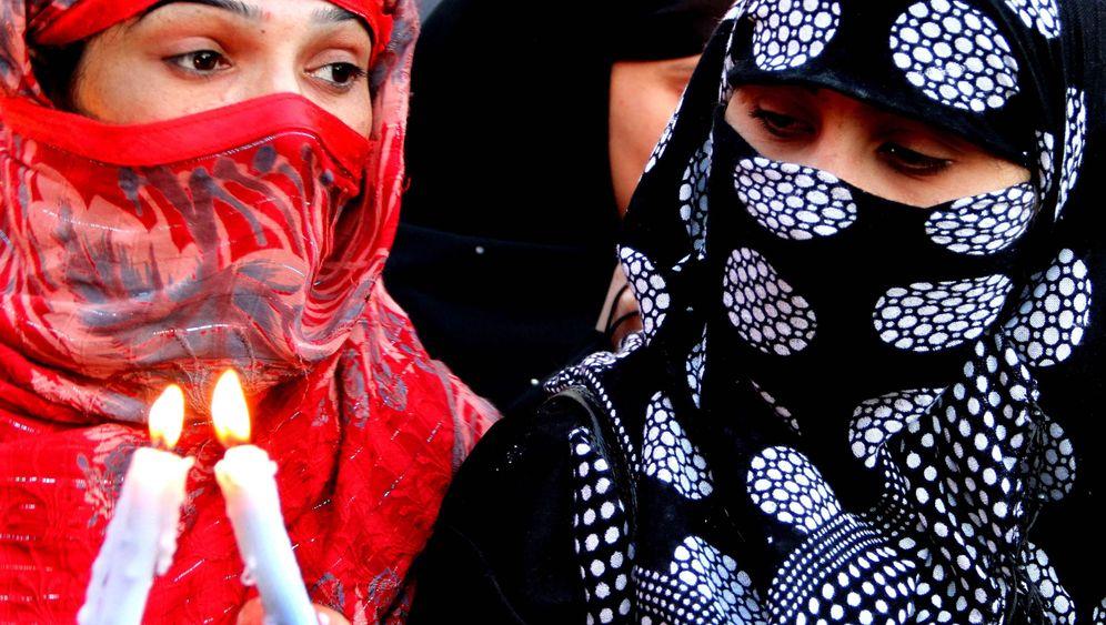 Weltfrauentag 2011: Gleiche Rechte, Schutz vor Gewalt