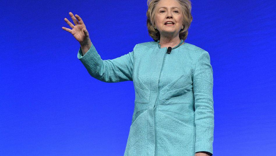 "Ex-Außenministerin Clinton: ""Hard Choices"""