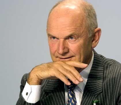 VW-Chefkontrolleur Piëch: Falsche Entscheidungen zulange gedeckt