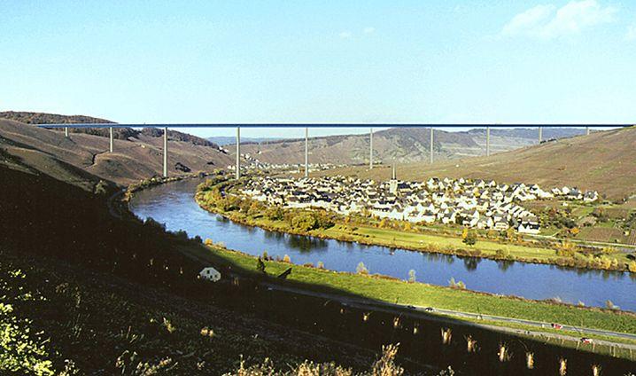 Geplante Moseltal-Brücke (Computergrafik): 2009 legten die ersten Bauarbeiter los