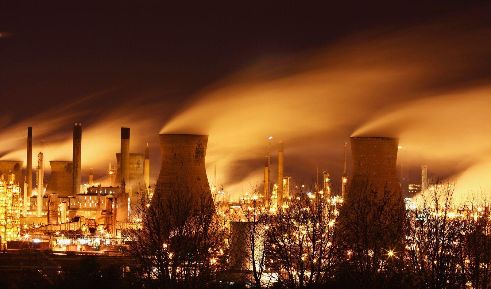 Klimawandel / Ölraffinerie