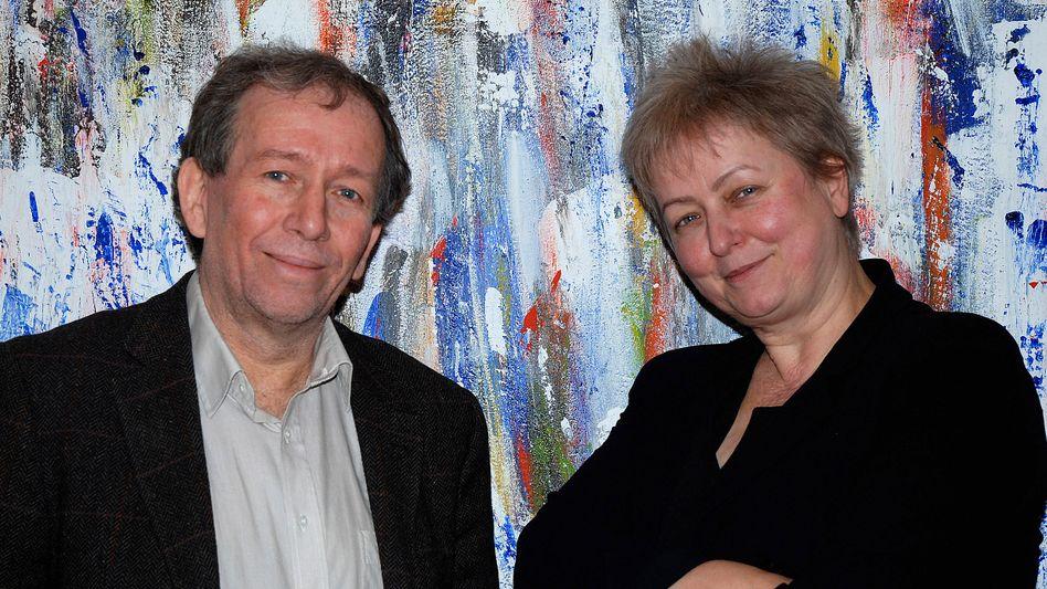 Autoren Hinterberger und Ax: gegen die herrschende Wachstumsideologie