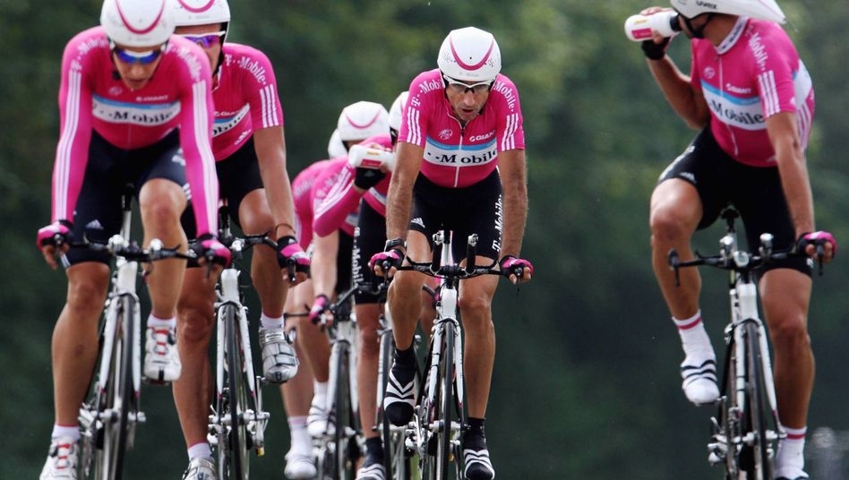 "Team T-Mobile (Archivbild 2007): ""Doping hat ohne Frage stattgefunden"""