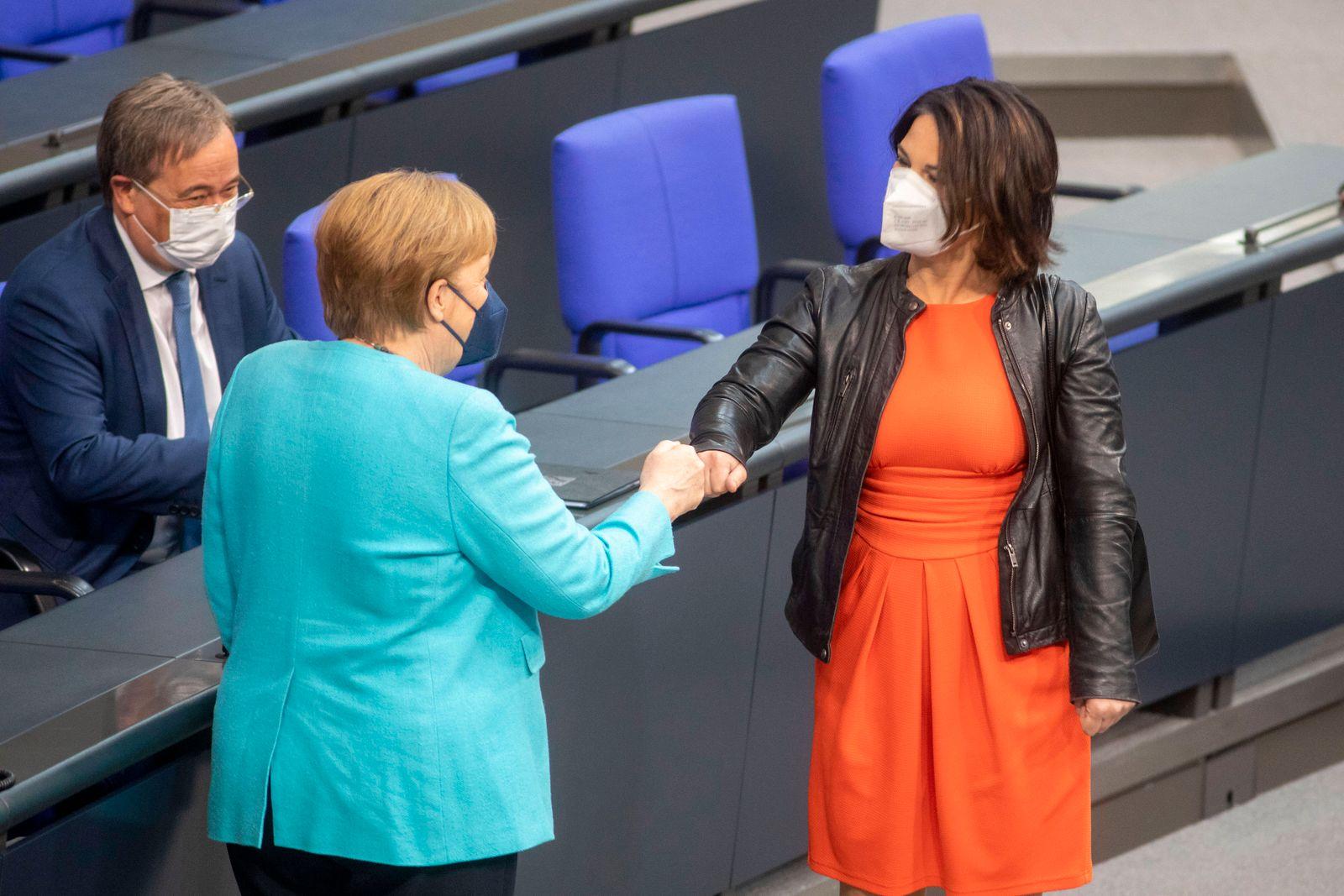 Deutschland, Berlin, Bundestag, 236. Sitzung, Regierungserklärung von Bundeskanzlerin Angela Merkel CDU zum Europäischen