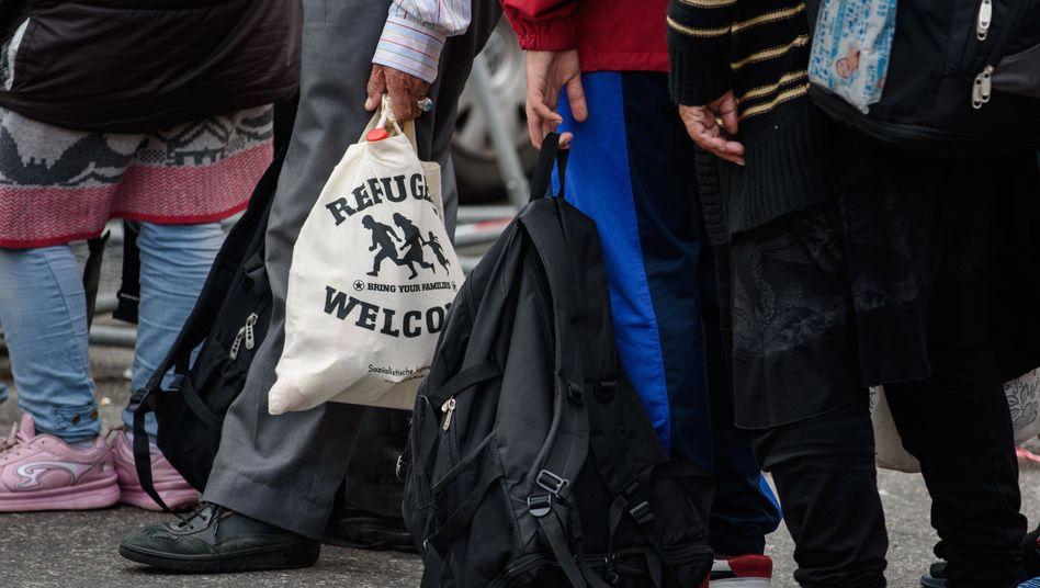 Flüchtlinge bei der Anreise (Symbolbild)