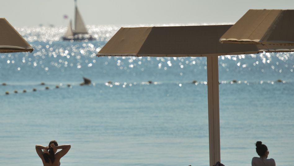 Strand in Eilat, Israel: »Nein, in Richtung Impftourismus nach Israel finden keinerlei Planungen statt«