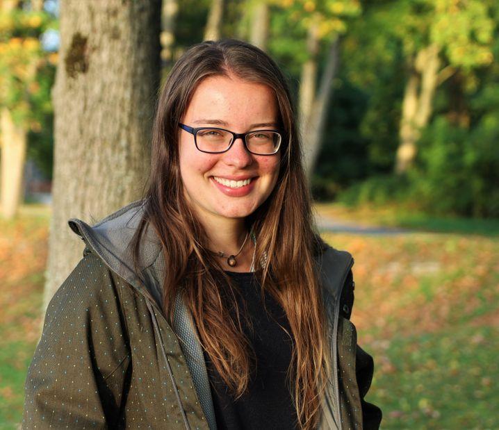 """Ann-Kathrin ist trotz Corona-Pandemie nach Schweden gereist, um dort """"Polar Landscapes and Quaternary Climate"""" zu studieren. Bislang hat sie es nicht bereut."""