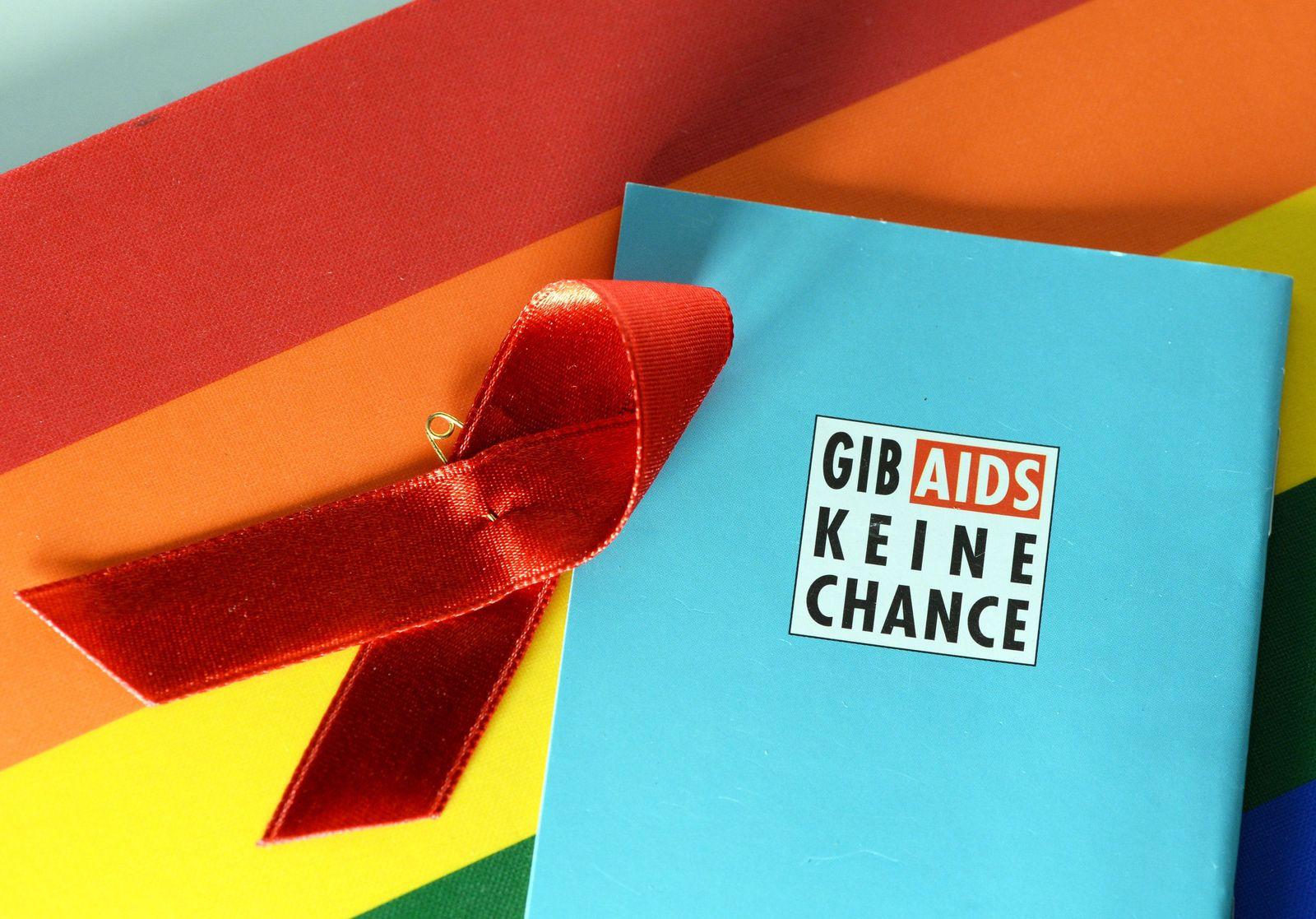 Aids Schleife und Regenbogenfarben