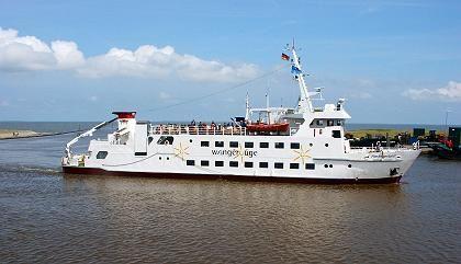 """Fährschiff """"Harlingerland"""": Die Anreise per Boot stimmt schon einmal auf den Inselurlaub ein"""
