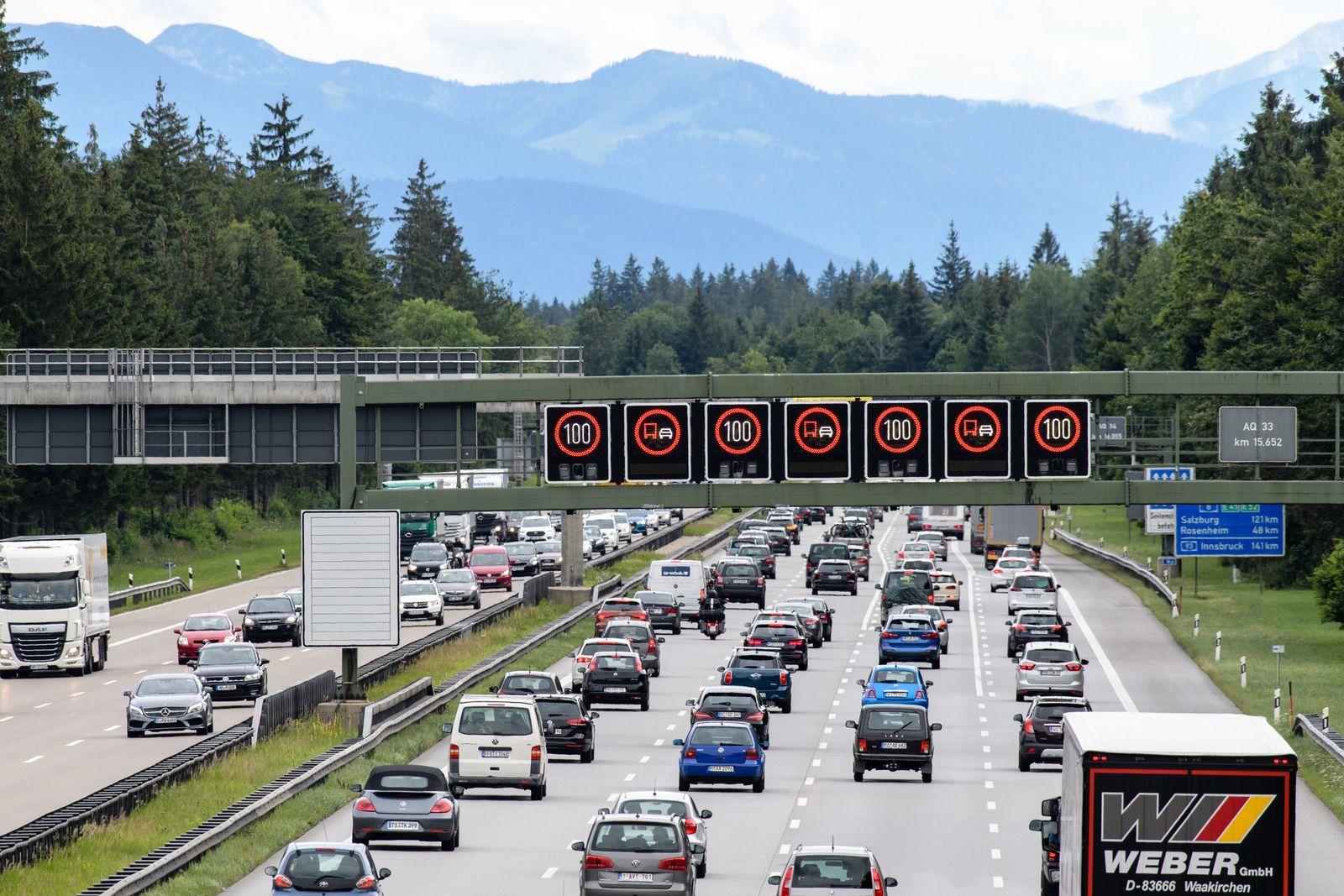 Ferienverkehr auf der Autobahn