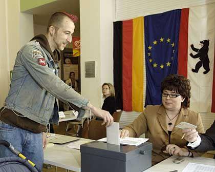 Wähler in Berlin: In der Hauptstadt wird mit einer hohen Beteiligung gerechnet