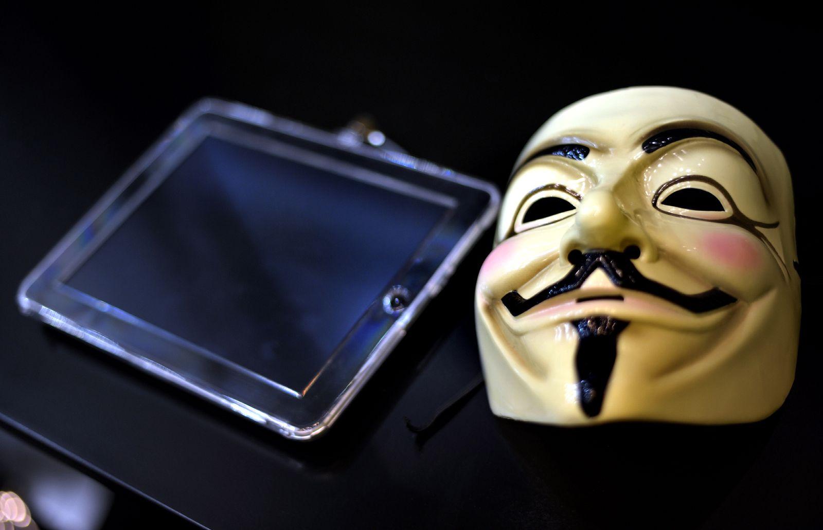 NICHT VERWENDEN Anonymous / Gamescom