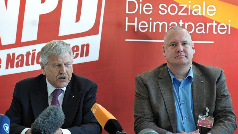 NPD-Chef Voigt (l.), DVU-Chef Faust: Zusammenschluss geplant