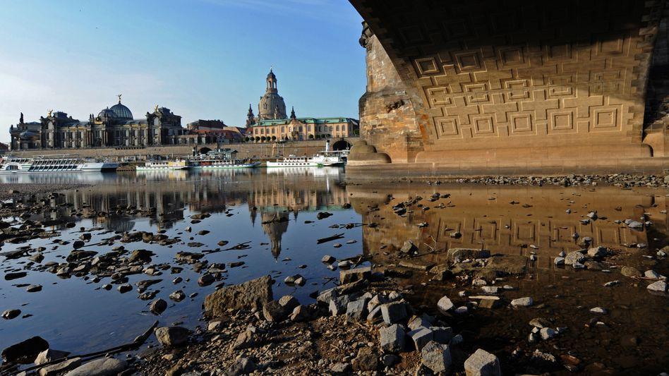 Niedrigwasser in Dresden (im Mai 2012): Klimawirkung von Geo-Engineering untersucht