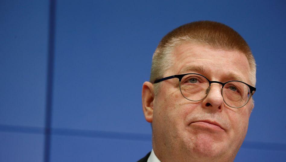 """Verfassungsschutz-Chef Thomas Haldenwang: """"Warnung an alle Feinde der Demokratie"""""""