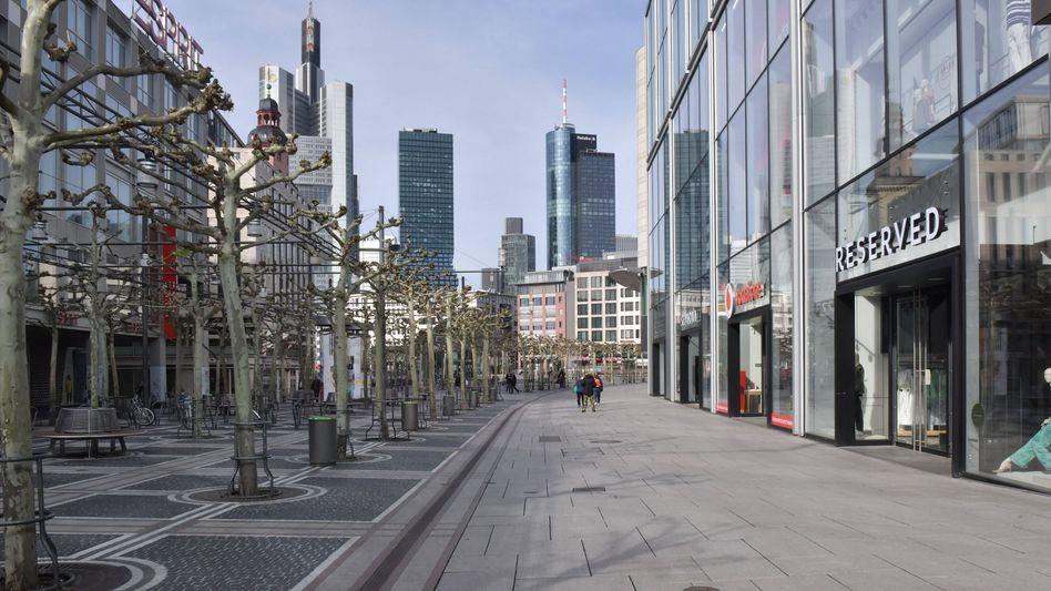 Die Frankfurter Straßen sind leer – und bleiben leer: Eine Kundgebung gegen Mohammed-Karikaturen wurde verboten