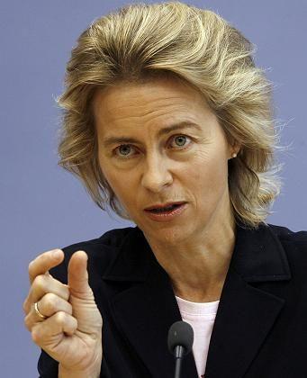 """Bundesfamilienministerin von der Leyen: """"Atempause"""" einlegen"""