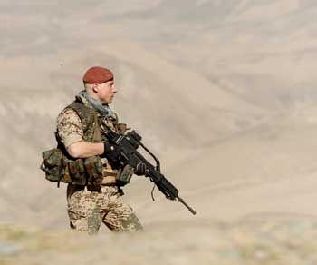 Bundeswehrsoldat in Afghanistan: Friedenstruppen müssen vergrößert werden