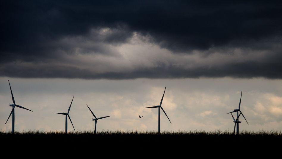 Windräder (in Niedersachsen): EEG-Umlage steigt wieder