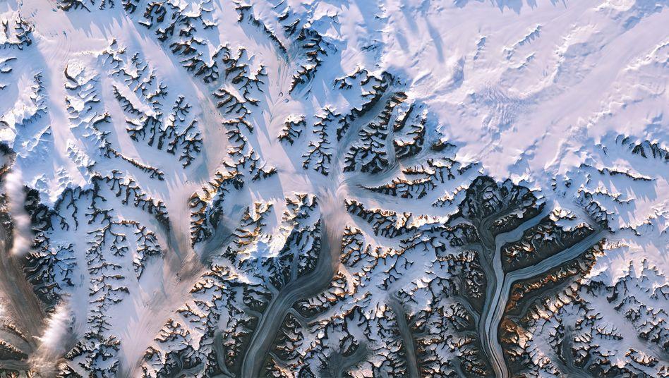 »Verblüffend schöne Bilder«: Satellitenaufnahmen aus dem Osten von Grönland