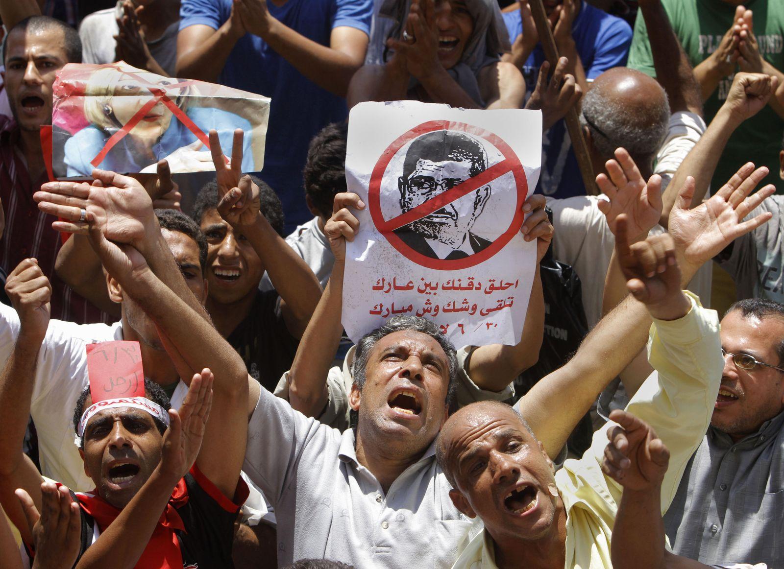 DER SPIEGEL 27/2013 S. 84 SPIN Ägypten