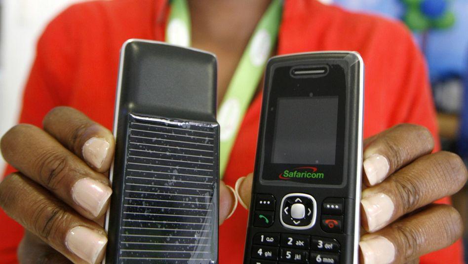 Safaricom-Solarhandys: Notstrom aus der Sonne