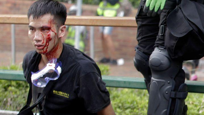 Straßenschlachten in Hongkong: Chaos und Angst