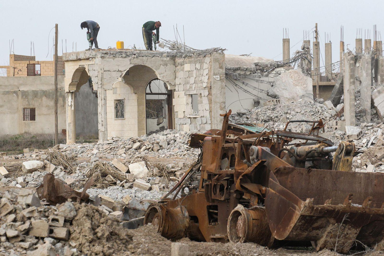 Syrien - Zerstörte Stadt Hadschin