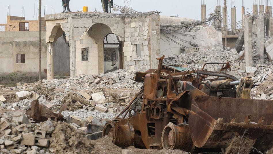 Wiederaufbau in der syrische Stadt Hadschin