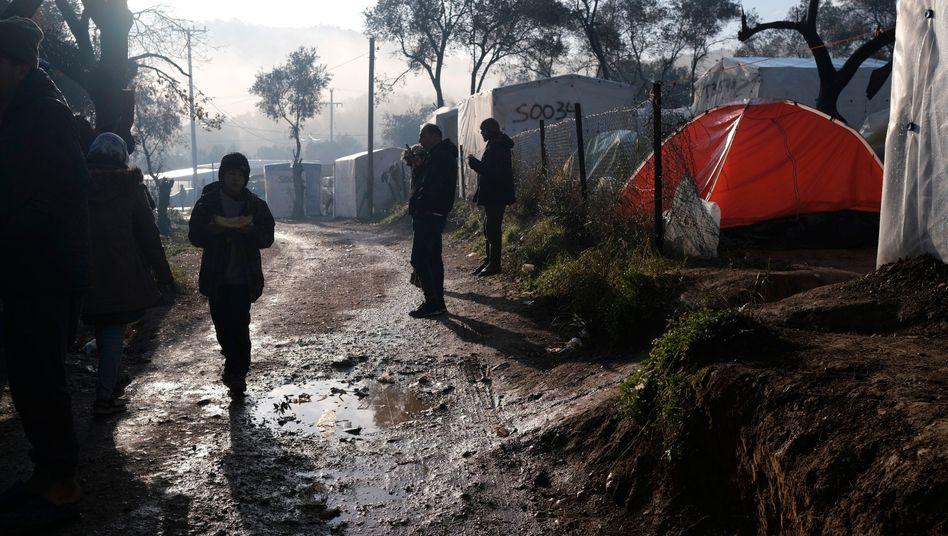 Oft macht nur die Arbeit von NGOs das Leben in den Elendslagern auf Lesbos erträglicher