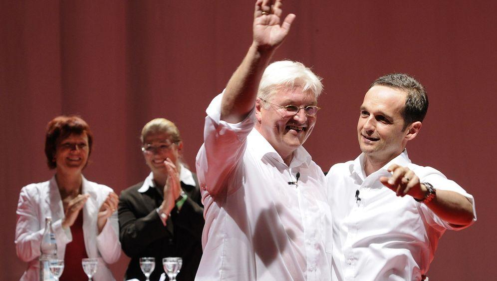 Wahlkampf: Merkel und Steinmeier an der Saar
