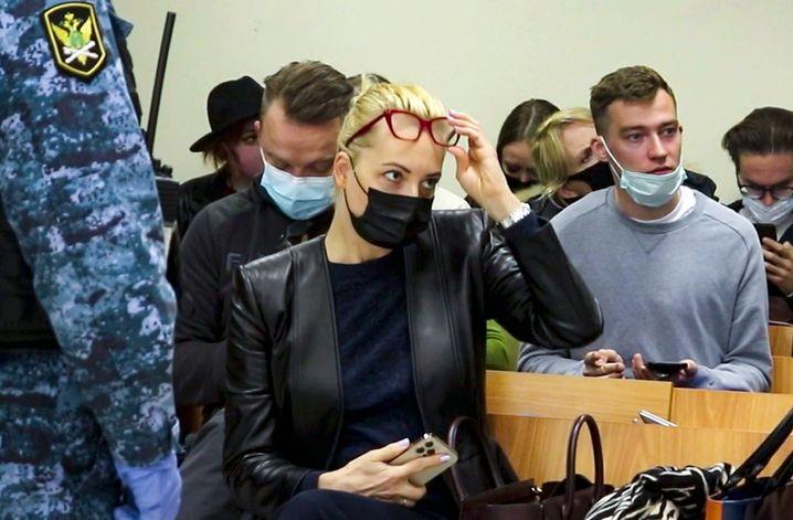 Julija Nawalnaja im Gerichtssaal