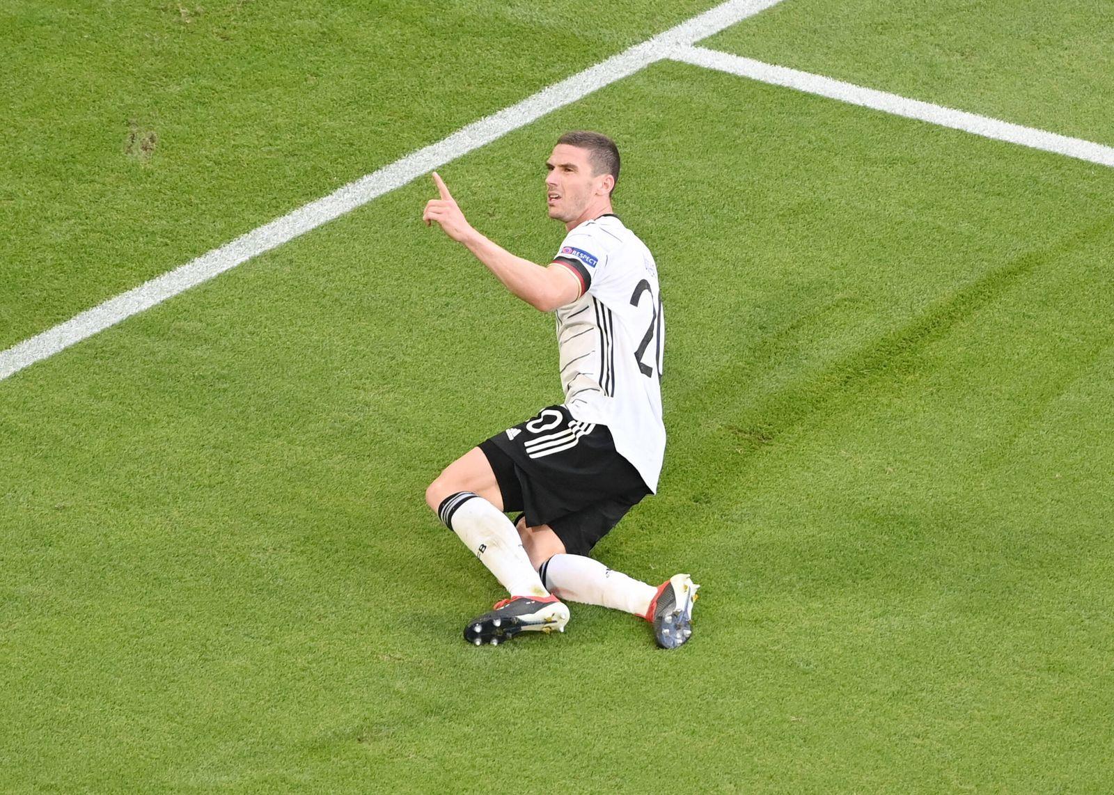 Jubel Robin Gosens (Deutschland) nach dem 1:4 19.06.2021, Fussball Europameisterschaft 2021, Vorrunde, 2. Spieltag, Grup