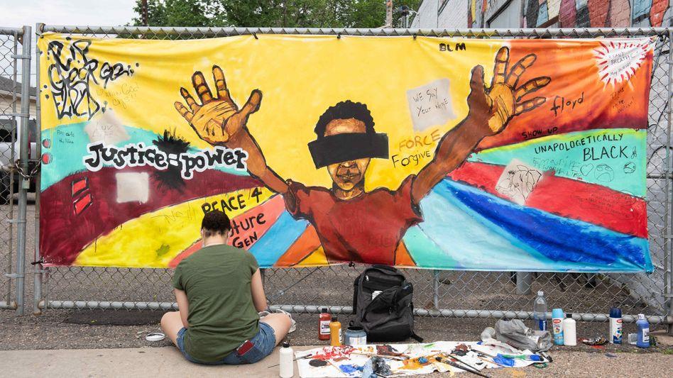 Wandbild in Minneapolis zum Gedenken an George Floyd