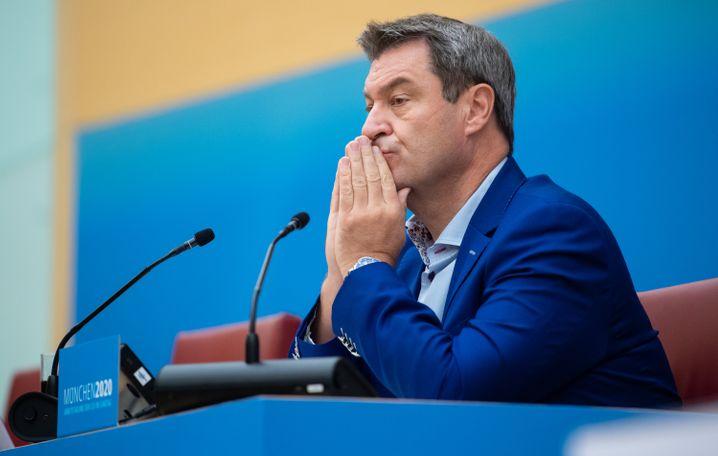 """Ministerpräsident Markus Söder (CSU): """"Dann muss gesteuert werden"""""""