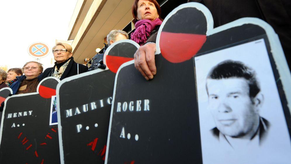 "Asbest-Skandal: Tod durch die ""Wunderfaser"""