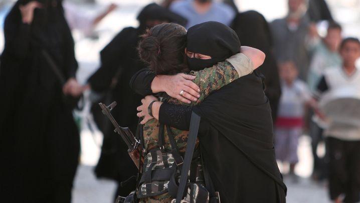 Syrer in Manbidsch: Die Freude der Befreiten