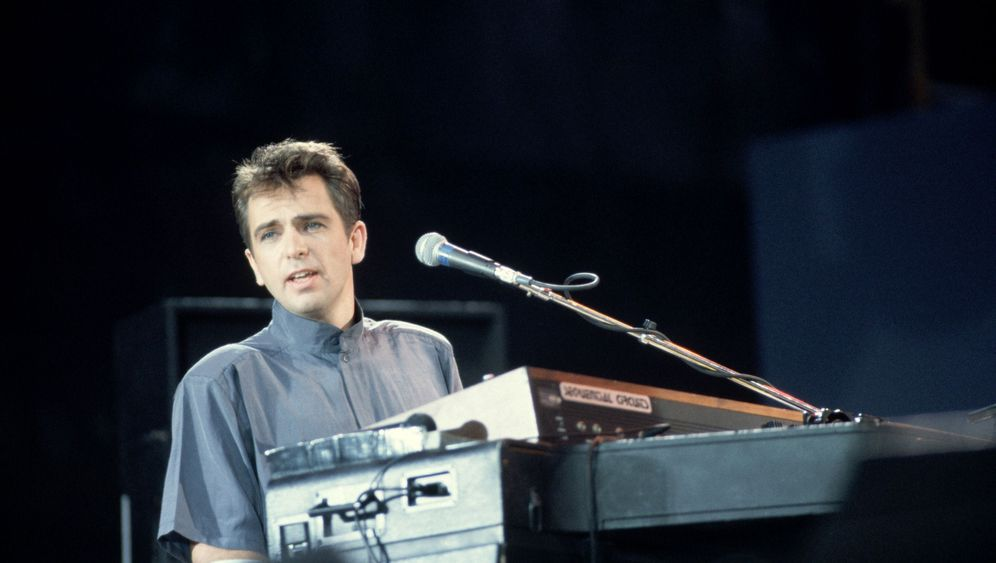 Peter Gabriel auf Deutsch: Danke, liebe Plattenfirma!