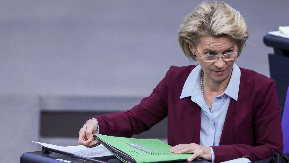 Ursula von der Leyen (CDU), Verteidigungsministerin