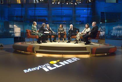 """Illner-Sendung: """"Präzise recherchierte Daten"""" (von links: Anne-Sophie Briest, Martin Wansleben, Reinhold Beckmann, Maybrit Illner)"""