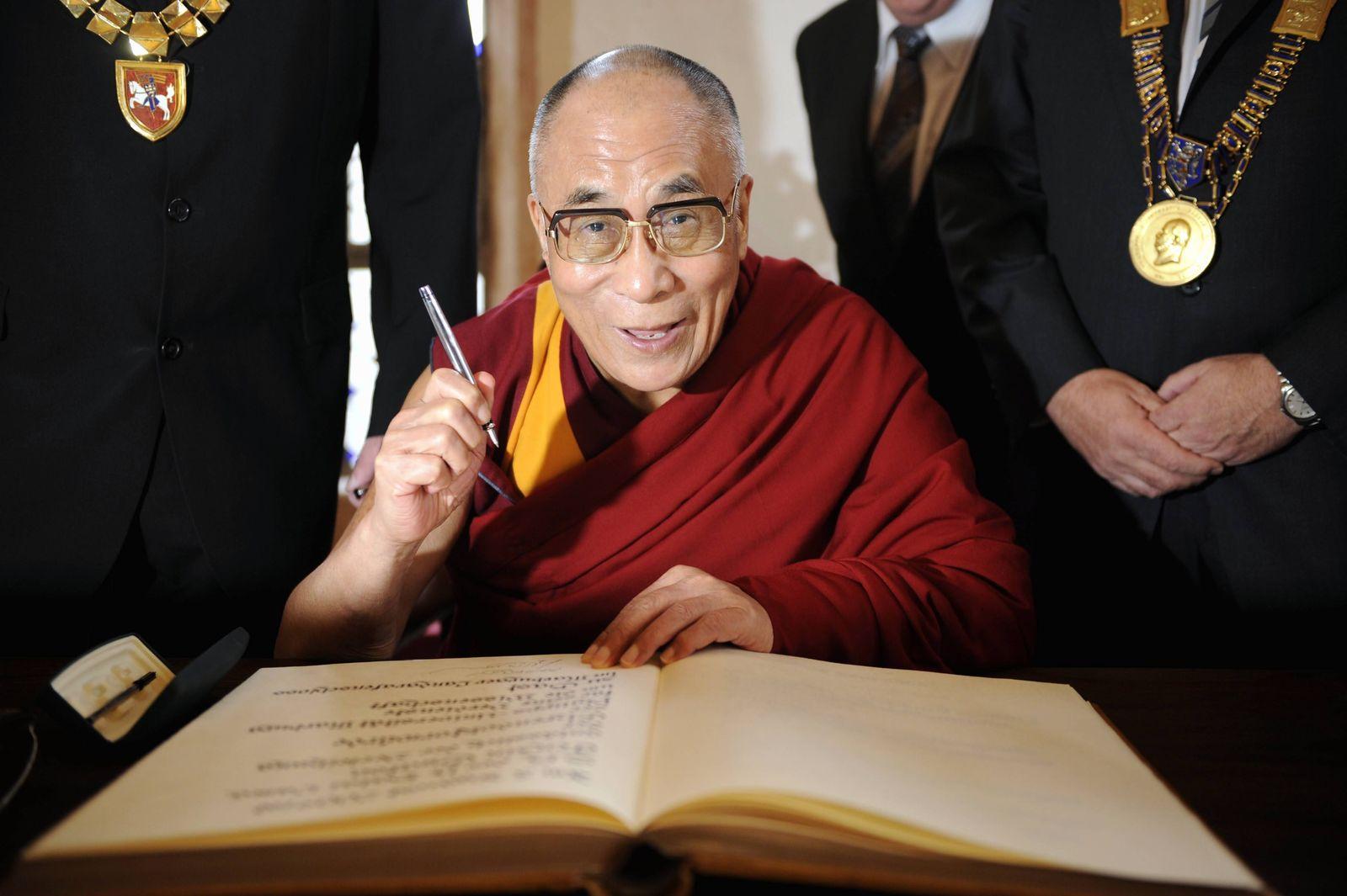 NICHT VERWENDEN Dalai Lama