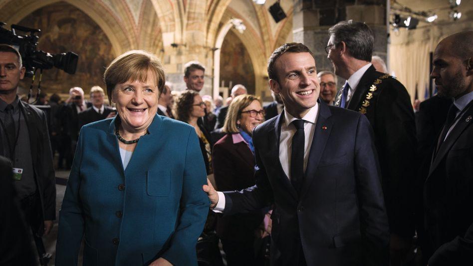"""Kanzlerin Merkel, Präsident Macron: """"Der magische Teil dessen, was uns ausmacht"""""""