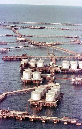 "Öl-Förderung bei Baku: ""Szenario für den Dritten Weltkrieg"""